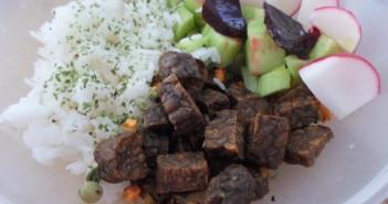 Krabičkový oběd - seitan, rýže